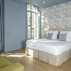 Отель Hôtel Du Centre 2* Стандартный семейный номер с двуспальной кроватью фото 16