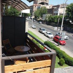 Отель Hrachya Kochar 1 apt 22 балкон