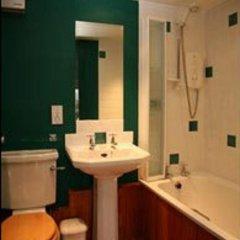 Отель Ballat Smithy Cottage Глазго ванная