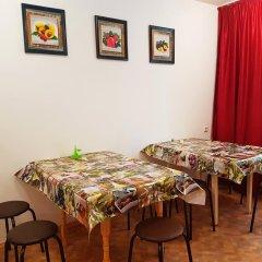 Гостиница Hostel Uyt In Kursk в Курске отзывы, цены и фото номеров - забронировать гостиницу Hostel Uyt In Kursk онлайн Курск комната для гостей фото 2