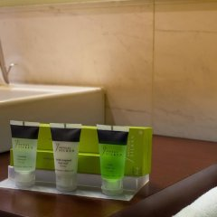 Отель Silken Puerta de Valencia Испания, Валенсия - 5 отзывов об отеле, цены и фото номеров - забронировать отель Silken Puerta de Valencia онлайн ванная фото 2