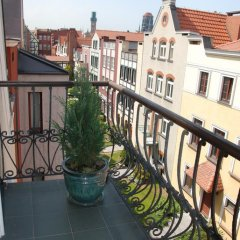 Отель Willa Biala Lilia Польша, Гданьск - 4 отзыва об отеле, цены и фото номеров - забронировать отель Willa Biala Lilia онлайн балкон