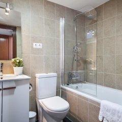 Отель Sarria Attic Испания, Барселона - отзывы, цены и фото номеров - забронировать отель Sarria Attic онлайн ванная фото 2
