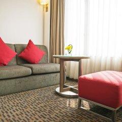 Отель Novotel Bangkok On Siam Square 4* Улучшенный номер с различными типами кроватей фото 2