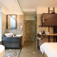 Отель 31 page Улучшенный номер с различными типами кроватей