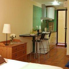 Отель AinB Las Ramblas-Guardia Apartments Испания, Барселона - 1 отзыв об отеле, цены и фото номеров - забронировать отель AinB Las Ramblas-Guardia Apartments онлайн удобства в номере фото 2