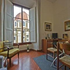 Отель Medici Chapels Apartment Италия, Флоренция - отзывы, цены и фото номеров - забронировать отель Medici Chapels Apartment онлайн интерьер отеля