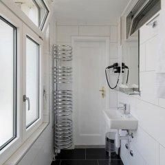 Hotel National Bern 2* Стандартный номер с различными типами кроватей (общая ванная комната) фото 7