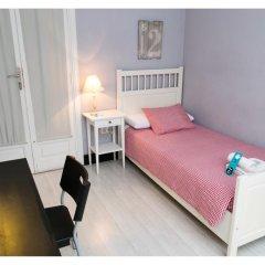 Отель B&B Hi Valencia Cánovas 3* Номер с общей ванной комнатой с различными типами кроватей (общая ванная комната) фото 8