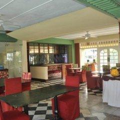 Апартаменты Apartments at Sandcastles Resort Ocho Rios питание фото 2