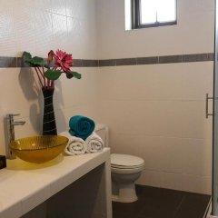 Отель Sea View Apartments Таиланд, На Чом Тхиан - отзывы, цены и фото номеров - забронировать отель Sea View Apartments онлайн ванная фото 2