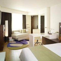 Отель Park Plaza Sukhumvit Bangkok 4* Улучшенный номер с разными типами кроватей фото 8