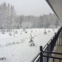 Гостиница Sanatoriy Serebryany Ples в Лунево отзывы, цены и фото номеров - забронировать гостиницу Sanatoriy Serebryany Ples онлайн балкон