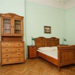 Hotel U Zlateho Jelena (Golden Deer) 3* Стандартный номер с различными типами кроватей фото 8