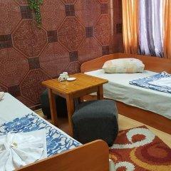 Shans 2 Hostel Стандартный номер с 2 отдельными кроватями фото 27