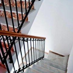Отель Hostal Los Bateles Испания, Кониль-де-ла-Фронтера - отзывы, цены и фото номеров - забронировать отель Hostal Los Bateles онлайн балкон