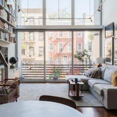 Отель onefinestay - Greenpoint private homes США, Нью-Йорк - отзывы, цены и фото номеров - забронировать отель onefinestay - Greenpoint private homes онлайн интерьер отеля
