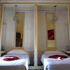 C. Luxury Palace & Hostel Стандартный номер с различными типами кроватей