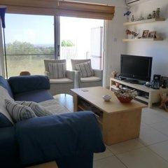 Отель Protaras Villa Ayios Elias Views Протарас комната для гостей фото 2