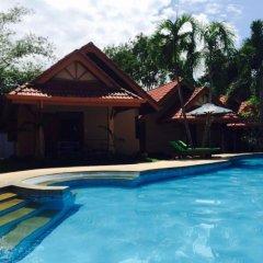 Отель Happy Elephant Resort бассейн фото 3