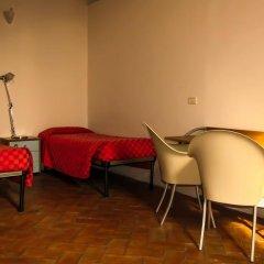 Хостел Orsa Maggiore (только для женщин) Кровать в общем номере с двухъярусной кроватью фото 14