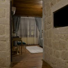 Elevres Stone House Hotel 4* Люкс повышенной комфортности с различными типами кроватей фото 30