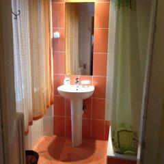 Hostel Sova Нови Сад ванная