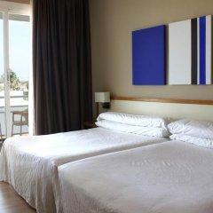 Отель Subur Maritim 4* Стандартный номер с различными типами кроватей фото 9