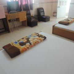 Отель Lam Hung Ky Motel Стандартный номер с различными типами кроватей фото 5