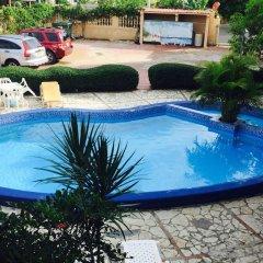 Отель Aparta Hotel Bruno Доминикана, Бока Чика - отзывы, цены и фото номеров - забронировать отель Aparta Hotel Bruno онлайн бассейн фото 3