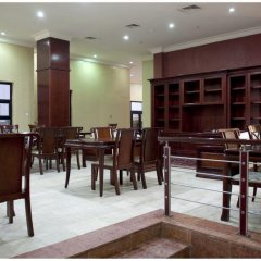 Отель Hawthorn Suites By Wyndham Abuja 4* Люкс с различными типами кроватей фото 13
