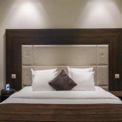 Отель Corona Rodier сейф в номере