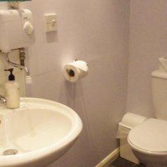 Отель Wayfarer Guest House ванная фото 2