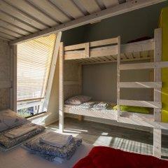 Fabrika Hostel Кровать в общем номере фото 4