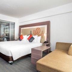 Отель Novotel Bangkok Silom Road 4* Улучшенный номер с различными типами кроватей фото 3