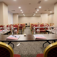 Ramada Hotel & Suites Istanbul Sisli фото 2
