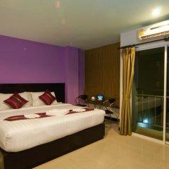 Отель PJ Patong Resortel 3* Улучшенный номер с двуспальной кроватью фото 4