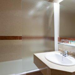 Отель Senator Castellana (I) 3* Стандартный номер с двуспальной кроватью фото 15