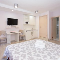 Бассейная Апарт Отель Стандартный номер с двуспальной кроватью фото 34