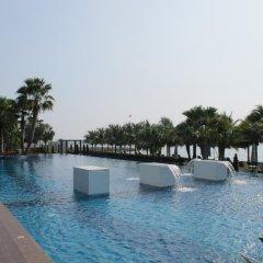Отель Casalunar Paradiso Condo By Kt Таиланд, Чонбури - отзывы, цены и фото номеров - забронировать отель Casalunar Paradiso Condo By Kt онлайн бассейн