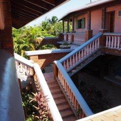 Отель Sea Eye Hotel - Sunset Building Гондурас, Остров Утила - отзывы, цены и фото номеров - забронировать отель Sea Eye Hotel - Sunset Building онлайн балкон