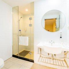 Отель Hanting Express Hotel Beijing Asian Games Village Китай, Пекин - отзывы, цены и фото номеров - забронировать отель Hanting Express Hotel Beijing Asian Games Village онлайн ванная