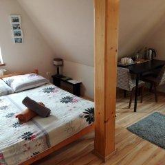 Отель Base Camp Zakopane Закопане комната для гостей