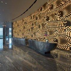 Отель Hilton Shenzhen Shekou Nanhai 5* Стандартный номер с различными типами кроватей фото 4