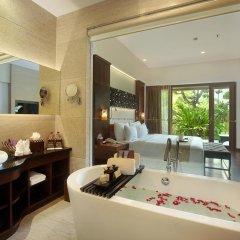 Отель The Seminyak Beach Resort & Spa 5* Стандартный номер с различными типами кроватей
