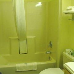 Отель Americas Best Value Inn Three Rivers 2* Стандартный номер с различными типами кроватей фото 3