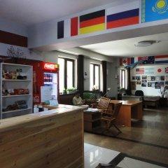Pit Stop Hostel Алматы интерьер отеля фото 2