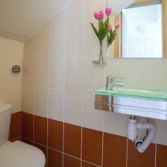 Отель Athina Villa 8 Кипр, Протарас - отзывы, цены и фото номеров - забронировать отель Athina Villa 8 онлайн ванная