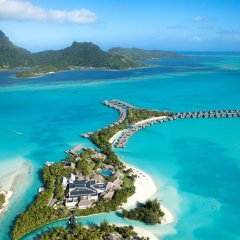 Отель The St Regis Bora Bora Resort пляж фото 5