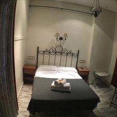 Отель Hostal La Plata Стандартный номер с двуспальной кроватью фото 2